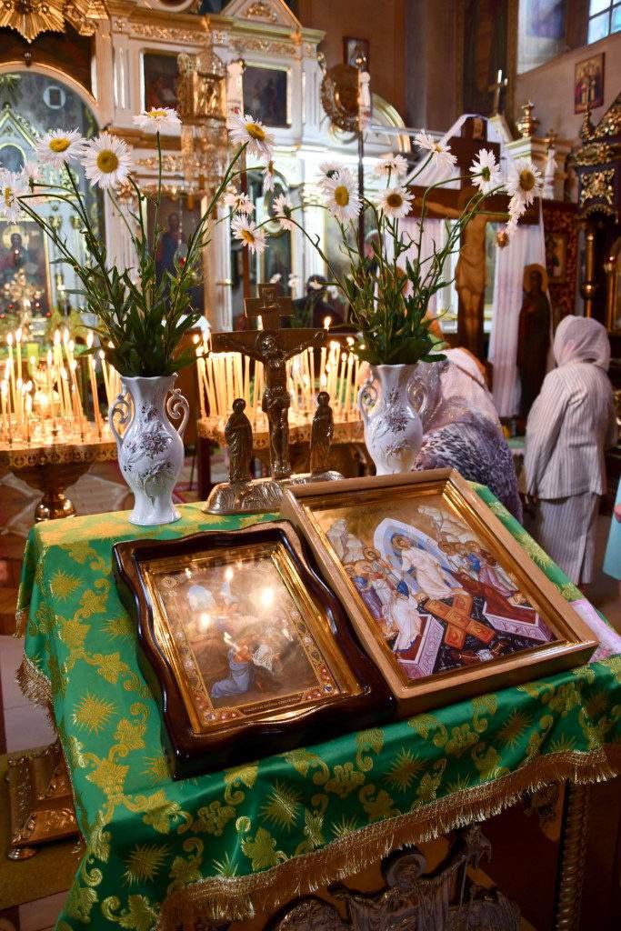 Всенічна у древньому Покровському храмі обласного центру. ФОТО