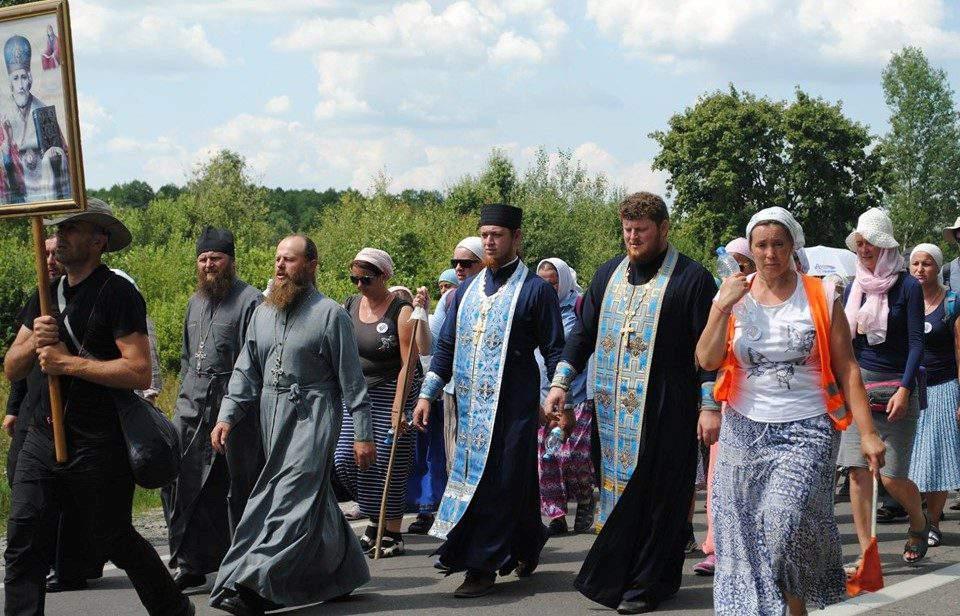Хресний хід з Польщі до Почаївської лаври уже на Волині. ФОТО